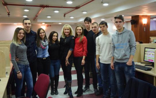 Студентите от СПГИ в УНСС станаха 33 след Националното състезание по икономикс